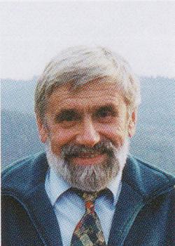 prof. dr hab. Tadeusz Głowiak