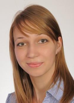 mgr Agnieszka Ćmikiewicz