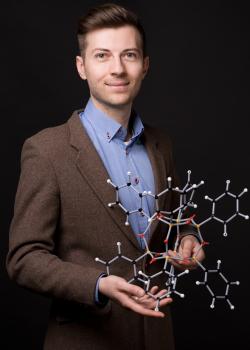 dr Mateusz Janeta