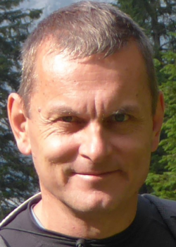 prof. dr hab. Jerzy Lisowski